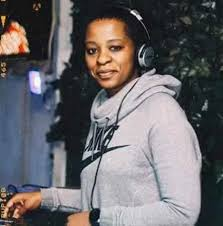 Dj Mandy – The Throw Back Expo Vol.2 2016 AmaPiano - Dj Mandy – The Throw Back Expo Vol.2 (2016 AmaPiano)
