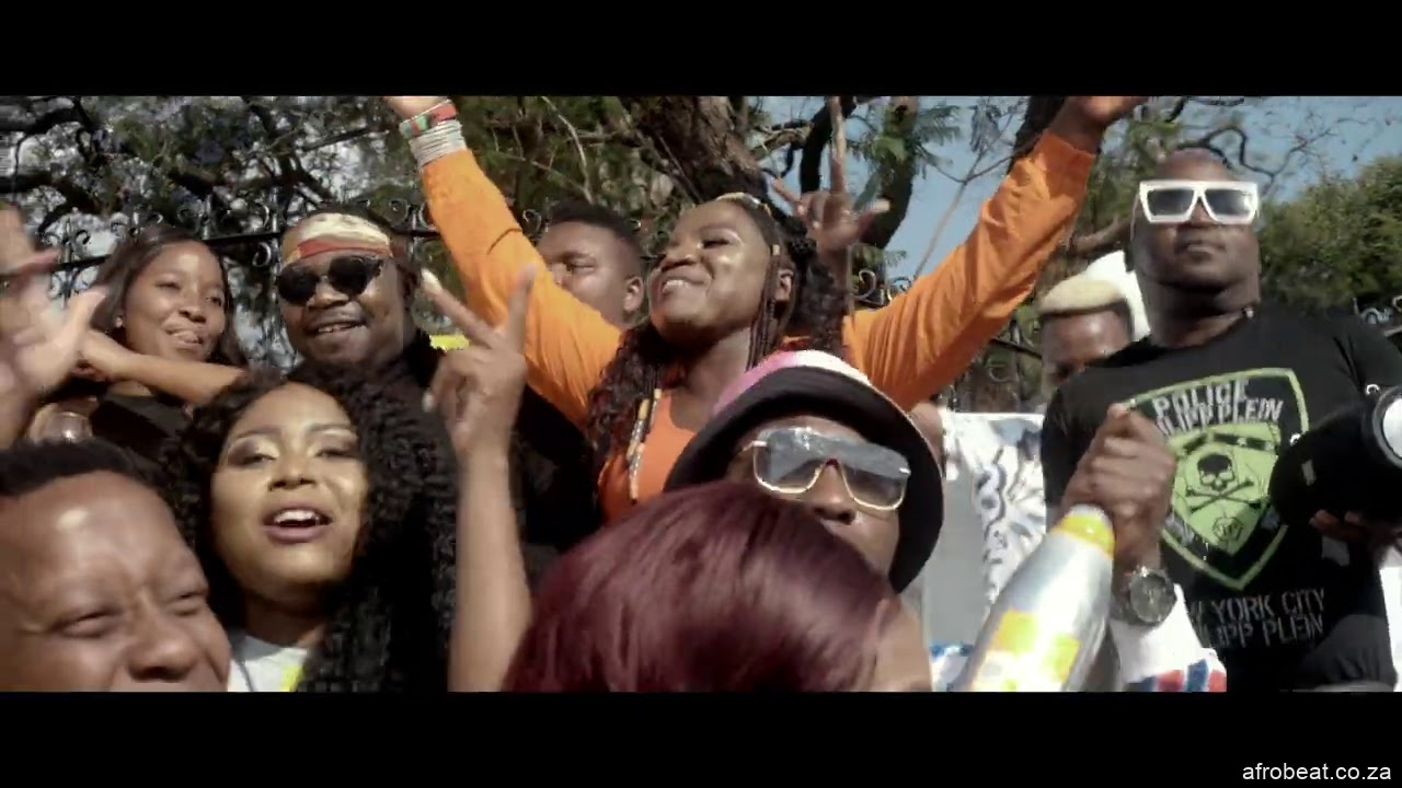 maxresdefault 3 - VIDEO: Dj Call Me – Maxaka Ft. Makhadzi & Mr Brown