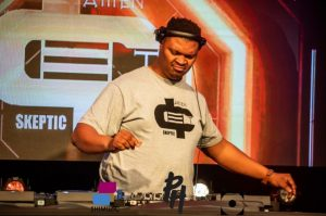 Amen Deep T – Channel O Lockdown House Party Mix Hiphopza 300x199 - Amen Deep T – Channel O Lockdown House Party Mix
